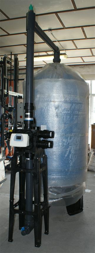 BlueSoft 4272 GT/RX zöldhomok töltetű ipari vas- és mangánmentesítő berendezés
